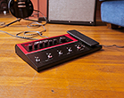 Line 6 FX100 guitar effects pedal product photo