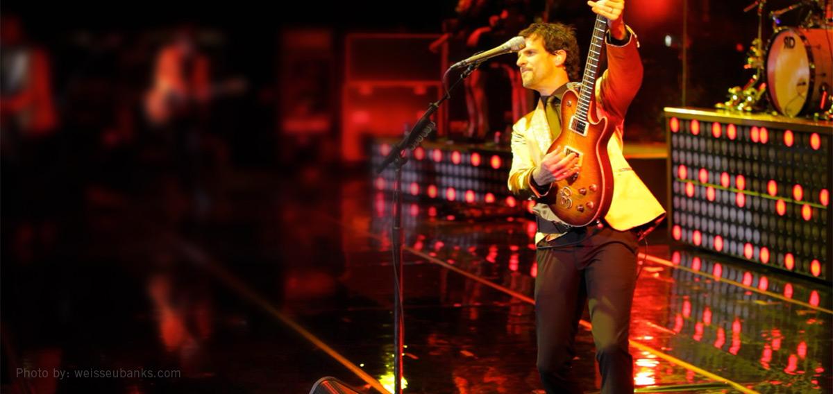 Cory Churko plays Line 6 James Tyler Variax modeling guitar live