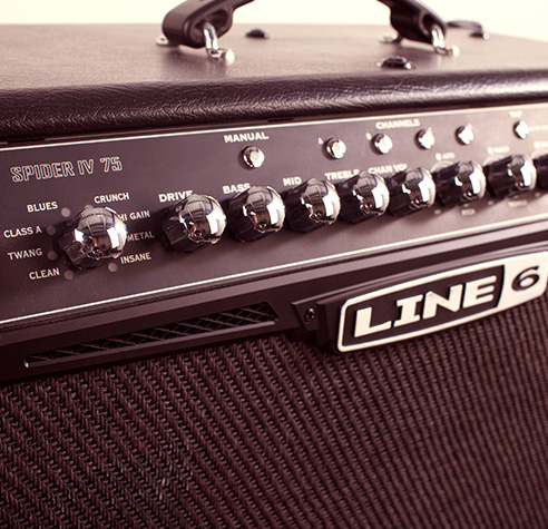 Line 6 Spider IV amp product photo
