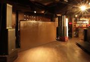 渋谷の老舗スペースThe RoomがStageSourceスピーカーとStageScape M20dミキサーを運用中
