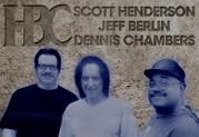 Scott Henderson verwendet eine Variax für Aufnahmen mit einer Jazz Fusion-Supergruppe